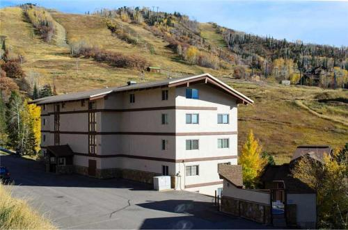 Storm Meadows 300-400 at Christie Base - SM436 - Steamboat Springs, CO 80487