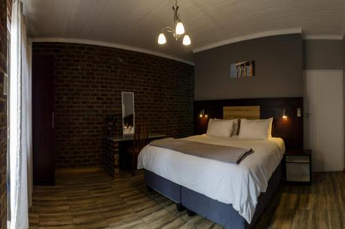 The Woodsman Bed And Breakfast