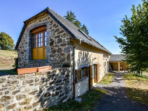 . Quaint Holiday Home in Calvinet near Forest