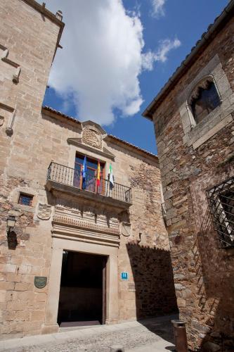 Ancha 6, 10003 Cáceres, Extremadura, Spain.