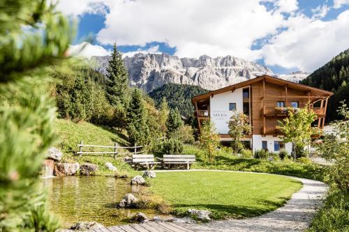 Boutique Hotel Nives - Luxury & Design in the Dolomites Wolkenstein-Selva Gardena