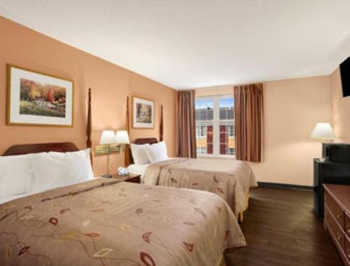 Days Inn By Wyndham Madisonville - Madisonville, KY 42431