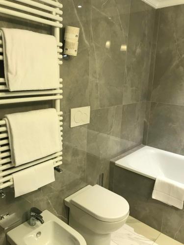 Hotel Shangri-La Roma - image 6
