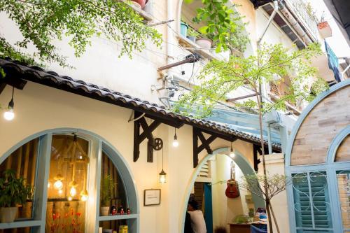KHA Hostel And Cafe