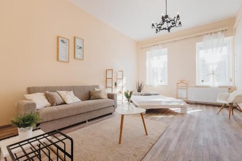 Hajnal Home, 6720 Szeged
