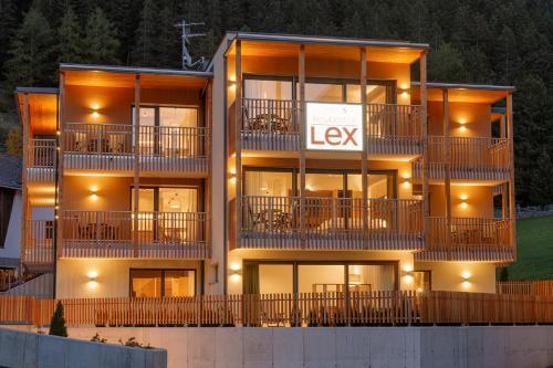 Residence Lex - Accommodation - Resia