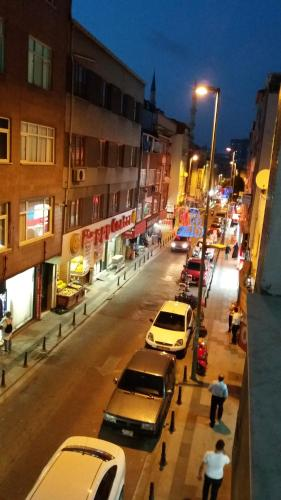Istanbul Cozy rooms in Istanbul close to M1 metro** Trusted host ulaşım