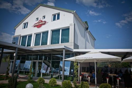 . Hotel Luka's