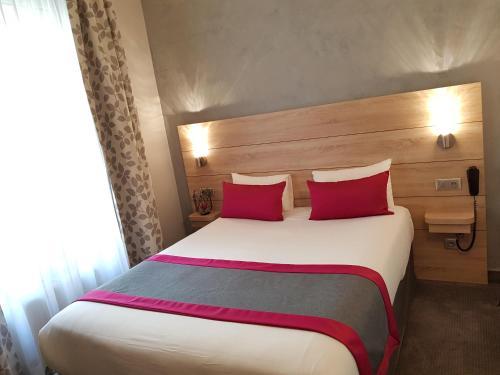 Hotel Champerret Elysees photo 43