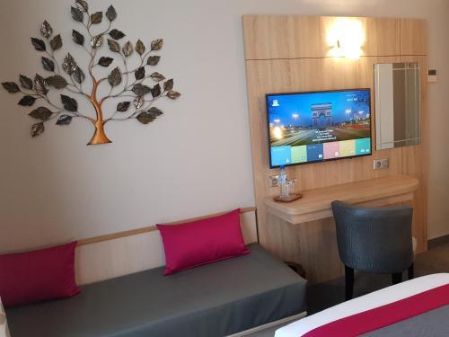 Hotel Champerret Elysees photo 45