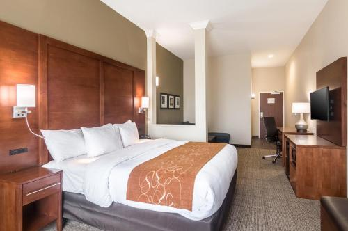 Comfort Suites - Oklahoma City, OK 73108