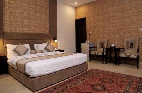 dating hotels in lahore