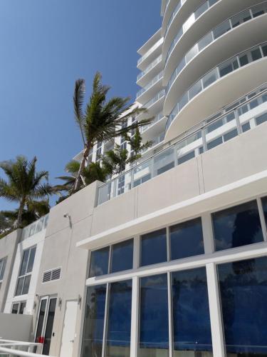 Book Cheap Hotels Near Fortuna Hotel Fort Lauderdale Triphobo