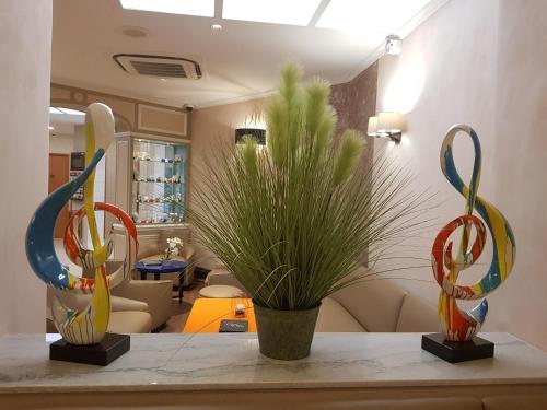 Hotel Champerret Elysees photo 54