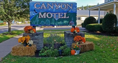 Canyon Motel - Accommodation - Wellsboro