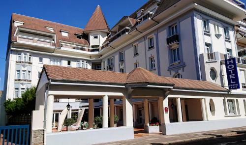 Hôtel Bristol - Hôtel - Le Touquet-Paris-Plage
