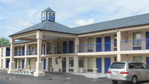 . Executive Inn & Suites - Covington