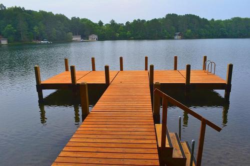 . Blue Lake Cottage