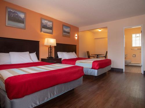 Best Budget Inn & Suites Kamloops - image 4