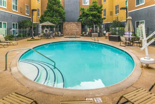 Homewood Suites by Hilton Carlsbad-North San Diego County - Carlsbad, CA CA 92011