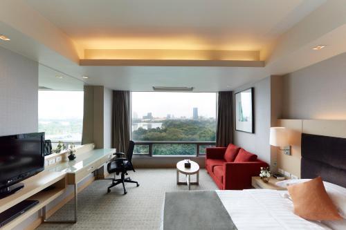 12th Avenue Hotel Bangkok photo 17