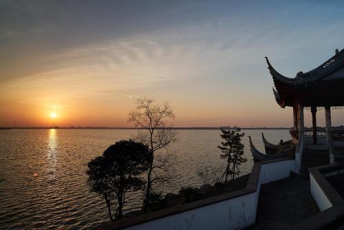 Tongli Lake View Hotel photo 58