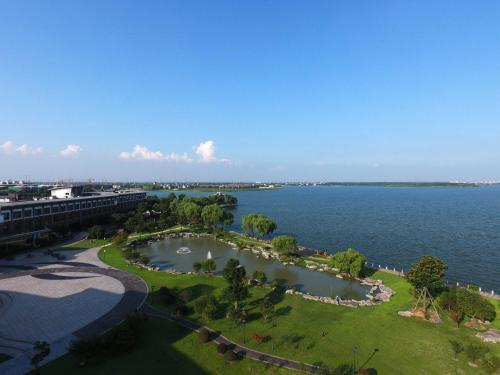 Tongli Lake View Hotel photo 63