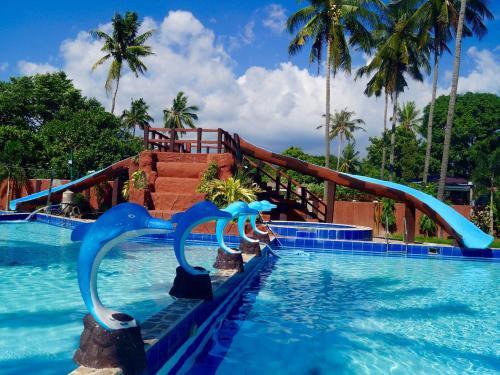 Hana Natsu Resorts Pool And Hotel
