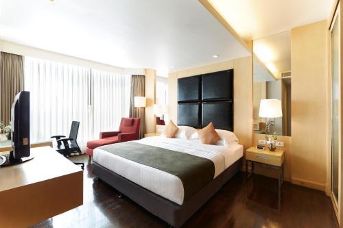 12th Avenue Hotel Bangkok photo 25