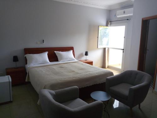 . Edenia Hotel