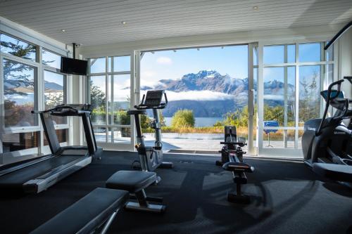569 Glenorchy Road, 9348 Queenstown, New Zealand.