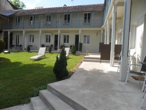 . Hotel La Buissonniere