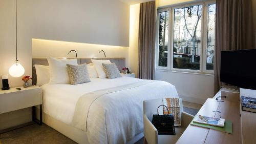 Suite Room (1 or 2 people) ABaC Restaurant Hotel Barcelona GL Monumento 25
