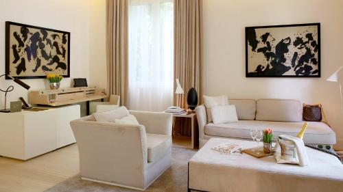 Suite Room (1 or 2 people) ABaC Restaurant Hotel Barcelona GL Monumento 27