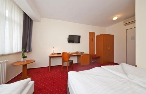 Novum Hotel Belmondo Hamburg Hbf photo 44