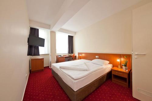 Novum Hotel Belmondo Hamburg Hbf photo 45