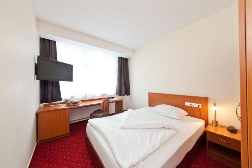 Novum Hotel Belmondo Hamburg Hbf photo 22
