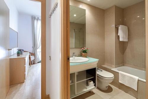 Habitat Apartments Alibei photo 29