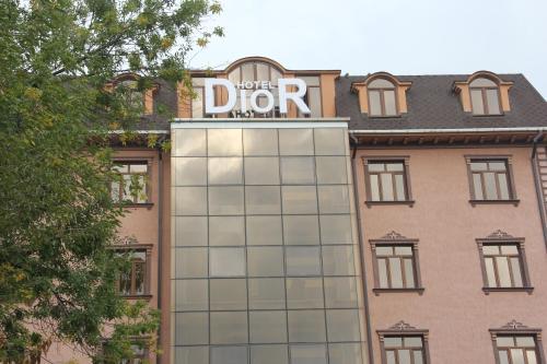 . Dior Hotel