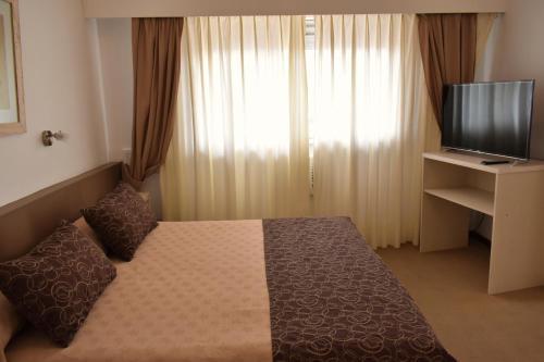 Фото отеля Hotel Embajador