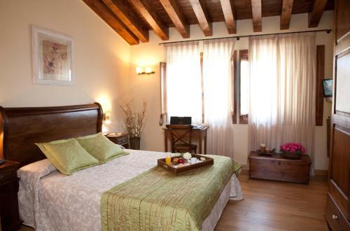 Habitación Doble Superior Hotel Restaurante El Ventós 12