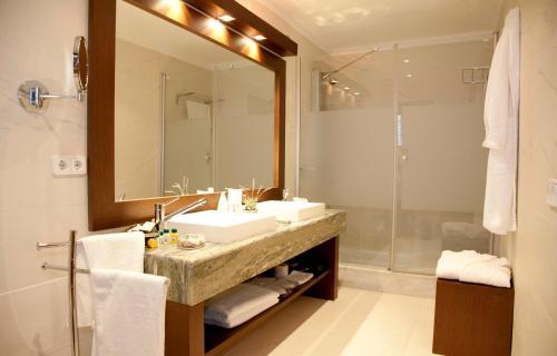 Habitación Doble Superior Hotel Restaurante El Ventós 13
