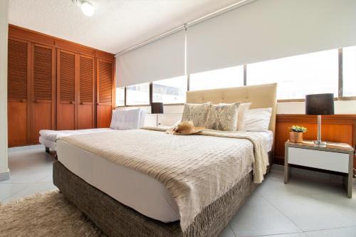 Apartamentos SOHO Basic   Mar Azul