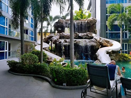 Centara Avenue Residence suites Centara Avenue Residence suites