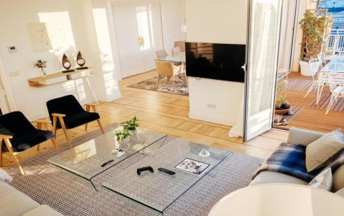 Picture of Amazing apartment with 4 Bedrooms