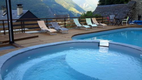 Hôtel La Grange Aux Marmottes - Hotel - Viscos
