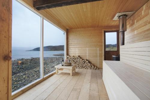 Buvik Sea Lodge - Photo 2 of 27