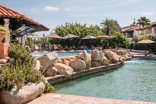 . Tropical Villa + Pool + Gym