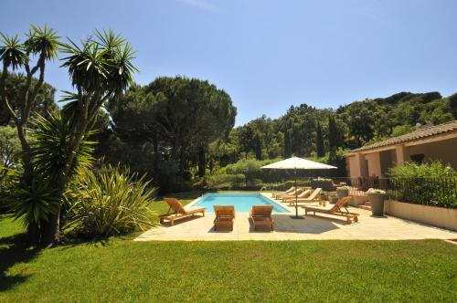Ramatuelle Villa Sleeps 8 Pool Air Con