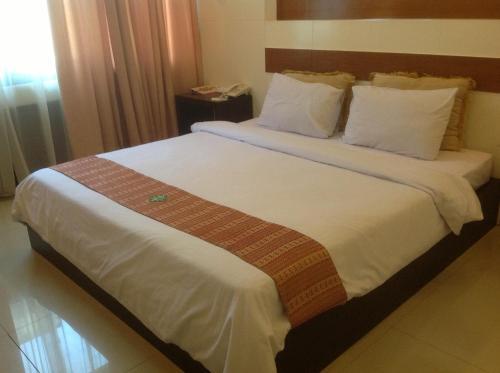 Фото отеля Hotel Swarna Dwipa